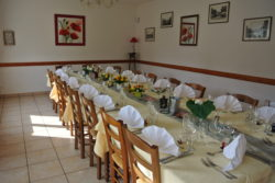 NOUVELLE SALLE GRANDE TABLE